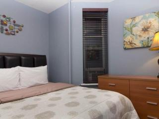STYLISH AND MODERN 2 BEDROOM APARTMENT, Weehawken