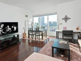 LUXURIOUS 1 BEDROOM CONDO IN NEW YORK, Weehawken