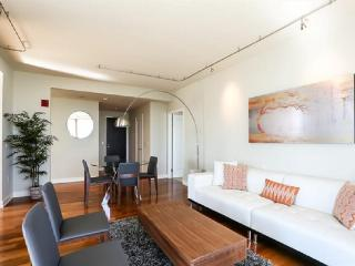 MODERN AND BEAUTIFULLY FURNISHED 2 BEDROOM CONDO, San Francisco