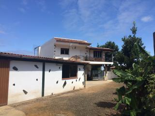 """Casa Rural """"El Sueño de Mamá"""" Mar y Montaña"""