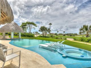 New Stylish Golf View Villa in Cap Cana - Cayuco 9, Punta Cana