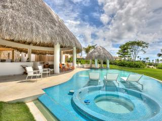 New Stylish Golf View Villa in Cap Cana