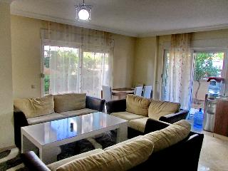 Cozy apt 1+1 with pool, 350 m from the sea, Antalya