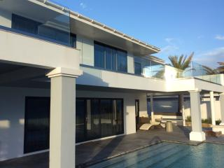 Willoughby Heights 5 bedroom luxury rental Antigua, Falmouth