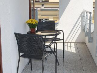 Musilkova apartment in Smichov with WiFi, private parking, private terrace, balc