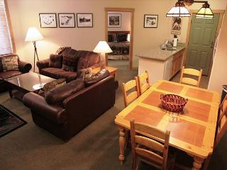 2BD / 2BA Ski-in, Ski-out at Sunstone Lodge, Largest Floor Plan!!