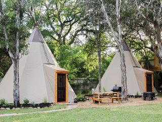Amazing Tipis! #2 Reservation On The Guadalupe, Heated/AC, Insulated TIpis!, New Braunfels