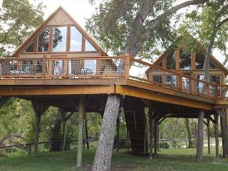 #4 Singing Cloud Cabin - Retreat into Peace and Nature - Geronimo Creek, Seguin