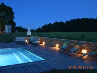 Ferme superbement renovee avec piscine chauffee