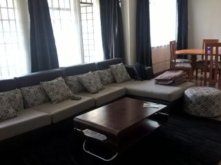 2/3 Bedroom furnished balcony Apartmt viewing Yaya, Nairobi