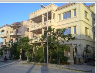 Ground villa apartment for sale / rent, El Cairo