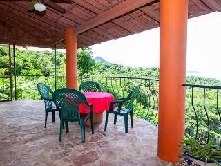 Casa Jubiloso has sunsets in Sayulita year round