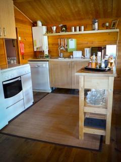 Fully equipped kitchen, including dishwasher:)