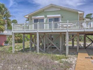 3 Bedroom, 2 bathroom Beachfront Cottage, Cape San Blas