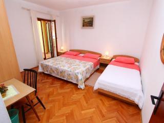 ANTOLOVIC One-Bedroom Apartment with Balcony (Apartman), Rovinj