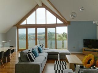 pippin - Charmouth Holiday Property Sea Views