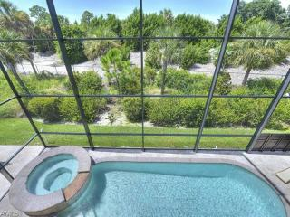 Lux. Home, Private Pool, Gated, Adjacent Golf CC, Napels