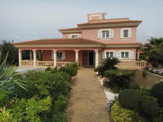 Casa de 4 dormitorios, piscina privada y BBQ, Llucmajor