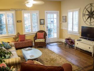 Blu Cottage, Charleston