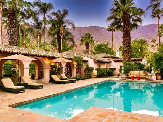 Hacienda Las Palmas, Sleeps 12, Palm Springs