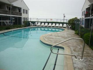 Ocean View Condo across from Beach with pool!