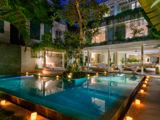 Villa Deva - Rooftop Ocean Views - ON SALE!!, Seminyak