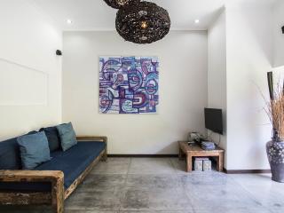 Homy cozy 2 bedrooms villa, Seminyak
