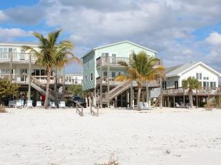 Direct Beachfront Cottage with Large Gulf View Deck and Shared Heated Pool