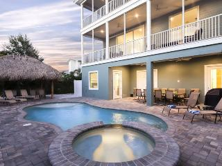 Grande Palermo is your Private Pier Area Palace - with Elevator and Tiki Hut, Fort Myers Beach