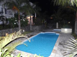 Triplex Villa close to all amenities, Grand Baie