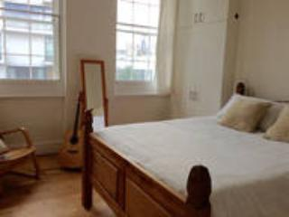 Simple London Room Near Shoreditch, Londres