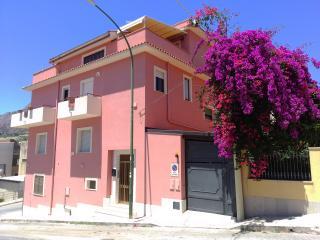 Primo Piano Valderice alloggio per finalita turistiche art. 53 del D.Lgs.79/2011