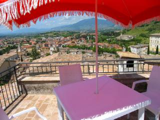 Terrazza Cathedrale, Spoleto town, car unnecessary