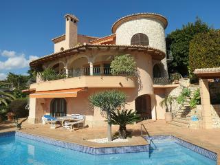Fantastic Seaview Villa with large pool  !!, Benissa