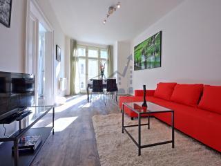 Youngman Apartment, Praga