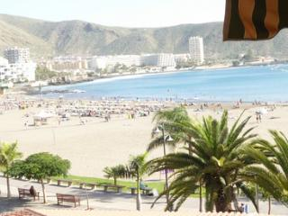 1 bed ocean view sleep 4 & FREE AIRPORT PICK-UP, Los Cristianos