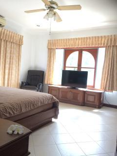 Charming Pool Villa Heart of Phuket, Kathu