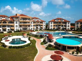 Belize's #1 Resort GRAND CARIBE Luxury Condo Overlooking Caribbean Ocean
