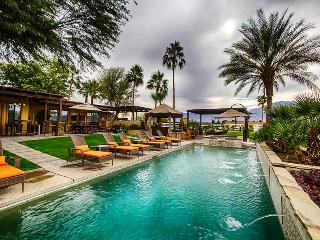 Villa Sereno with Private Pool & Spa, Outdoor Dining & Living, Five Bedrooms & Family-Friendly, Coachella