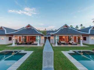 Villa 44 - Beach front (sleeps 14 + 6 kids) in-villa chef service and shared gym