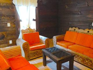 2 Bedroom Cabin With Fireplace & a View, San Cristóbal de las Casas
