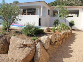Villa neuve 4ch,3sdb piscine vue mer, plages 1,3km, Sainte Lucie De Porto Vecchio