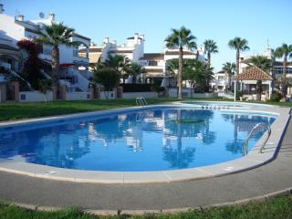 Roomy, sunny villa Los Dolces, Villamartin