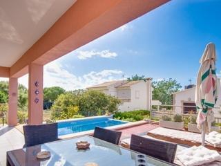 Moderna casa unifamiliar con piscina para 5 pax, Arta