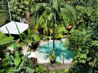 Nusa Dua 2 Bedroom bungalow, Eudlo