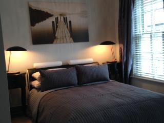 modern 2 bed-room house, center cambridge, Cambridge