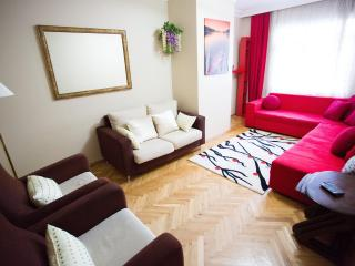 3 bedrooms 2 bathrooms / central /cheap, Estambul