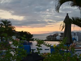 Luxury Condo in Best Resort in Old Town with Views, Puerto Vallarta