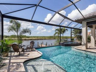 Villa Veranda - Luxury new Villa,Pool,Gulf Access, Cape Coral
