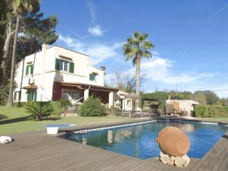 Cómoda casa  para 8 personas con piscina y Wifi, Sencelles